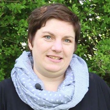 Hundetrainerin Katharina Volk - Hey-Fiffi.com